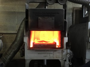 Poleyn (knee) in furnace