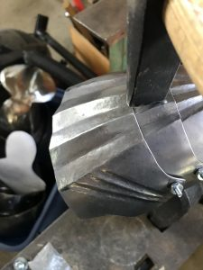 Adjusting the gap between the plates